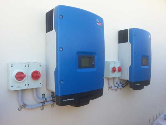 Commercial-solar-inverter